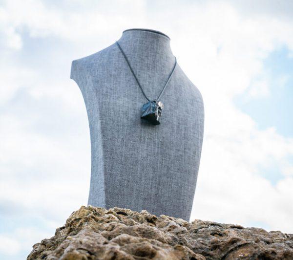 shungite-elite-noble-pendant